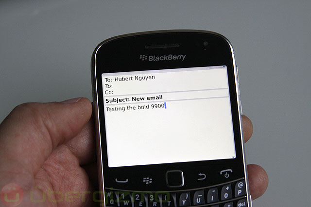 blackberry-bold-9900-review