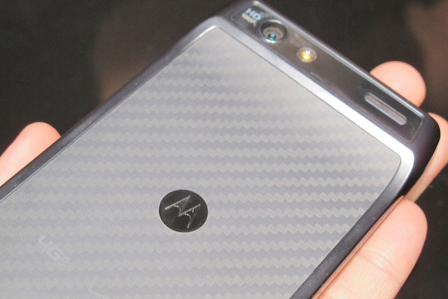 motorola-droid-razr-preview-36