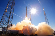 SpaceX Fires Up Its Used Falcon 9 Rocket