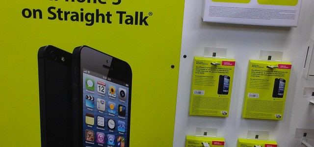 walmart straight talk iphone walmart and talk carrying iphone 5 iphone 4 3414