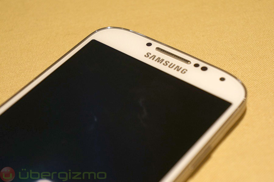 samsung-galaxy-s4-hands-on-review–06