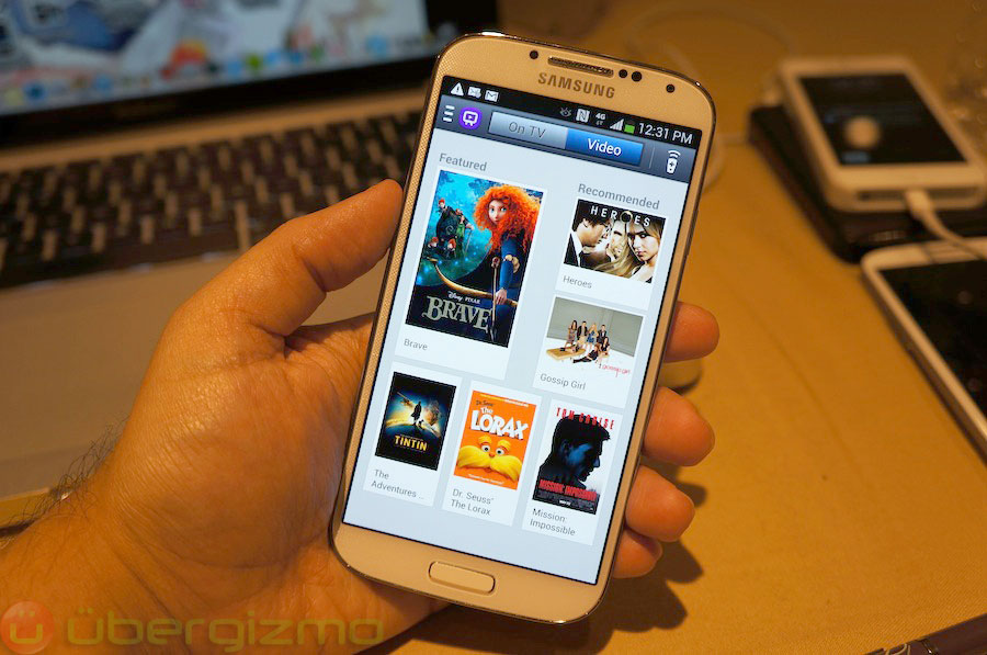 samsung-galaxy-s4-hands-on-review–36