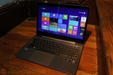 "Samsung Series 5 UltraTouch Review (13.3"")"