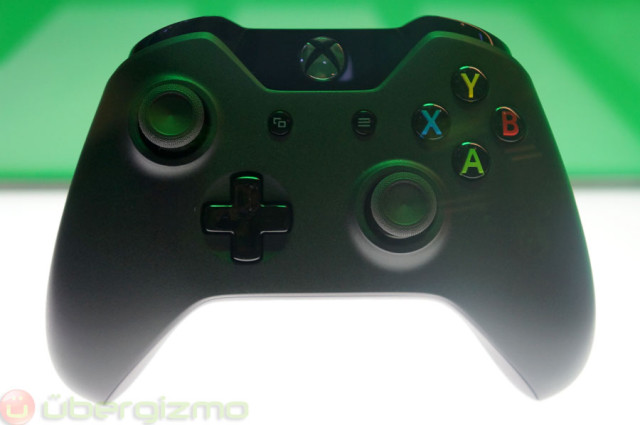 xbox-one-hands-on-review-06