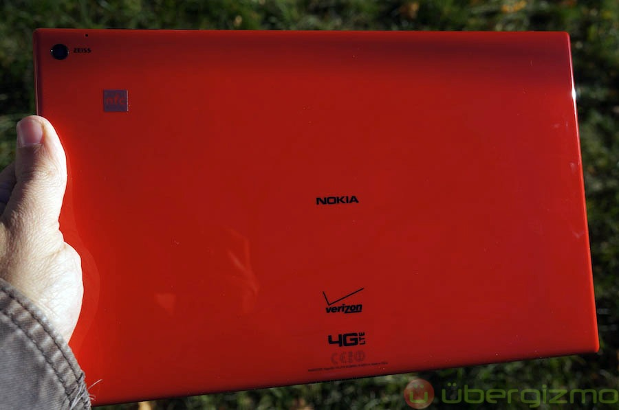 nokia-lumia-2520-review-1