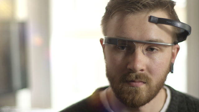 MindRDR Lets You Control Google Glass Using Brain Power