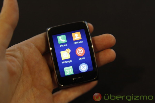 Samsung Gear S Review: Hands-On | Ubergizmo