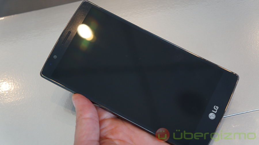 Lenovo Vibe Shot vs  LG G4 Specs & Speed