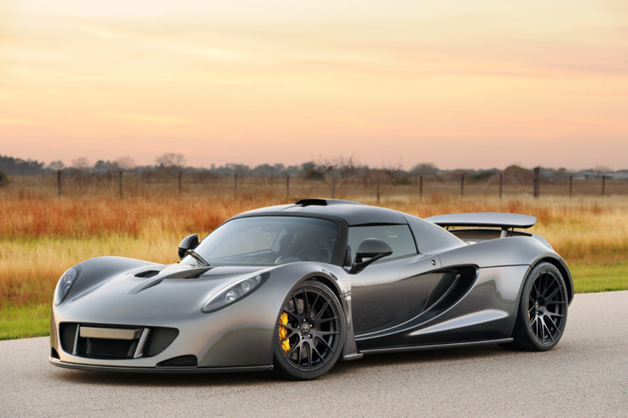 The Fastest Car In The World 2015 >> The Fastest Cars In The World Ubergizmo