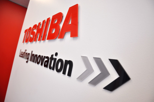 toshiba-sign