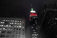 Man Flies Drone Into Empire State Building
