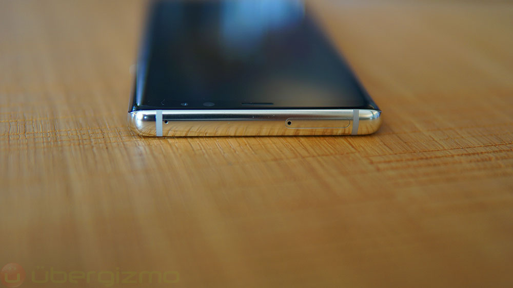 galaxy-note-8-review_27_top_chrome