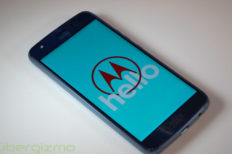 Android 8.0 Rolling Out To Moto X4 Android One Edition