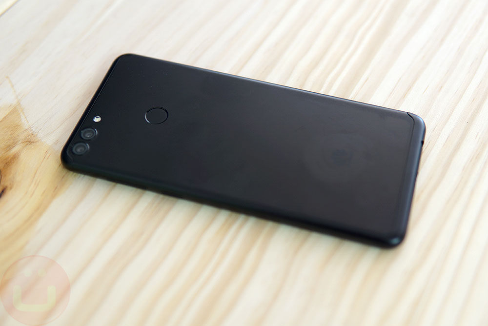 Huawei Y9 Review | Ubergizmo